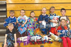An elementary soccer team with blankets from Sacramento Chapter Linus Project Photo courtesy of Claire Gliddon