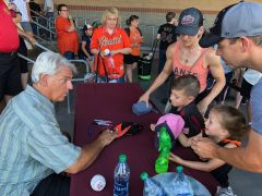 A long line of fans waited to meet Dave Dravecky on a hot Friday night. Doyle and Rhonda Radford and their children Mason and Ellie were happy to get a few autographs from the former Giant.