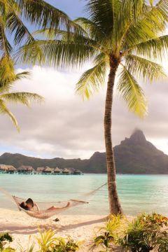 Relaxation Bora Bora style.
